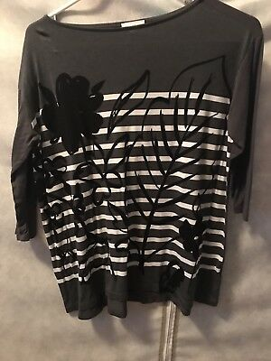 Women's Gap Size XS Gray Striped Floral 3/4 Sleeve Knit Top