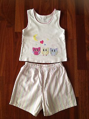 Girls Target Size 8 2pce Owl Pjs Set. (small mark on front)