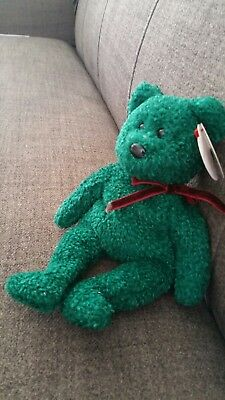 TY Beanie Babies. 2001 Holiday teddy. with tag errors.