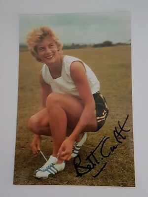 "Betty Cuthbert - Hand SIGNED 6"" x 4"" Photo, 4 Times Olympic gold - COA"