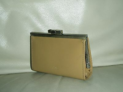 Cute Vintage Coin Purse from Jag - Gr Pre Owned Cond