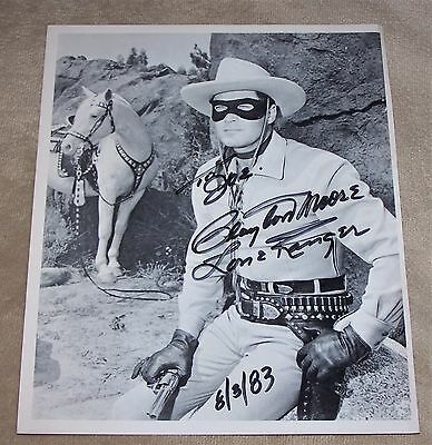 """ca.1983 THE LONE RANGER (CLAYTON MOORE) 7 7/8"""" X 10"""" AUTOGRAPHED PHOTO"""