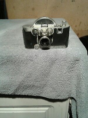 Vintage Mercury ll 35 MM Camera With Case For Parts Or Repair. Model CX