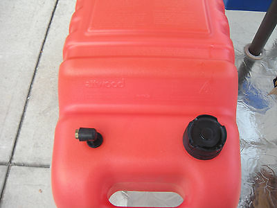 Attwood 6 Gallon Boat Gas Can (Universal)
