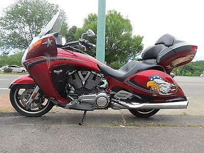 2013 Victory Vision  2013 Polaris Victory Motorcycle Vision TOUR Model 30k miles Touring No Reserve