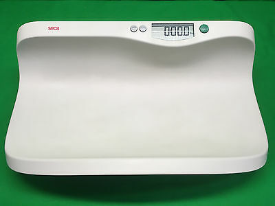 Seca 374 Electronic Baby Scale w/ Shell Shaped Tray