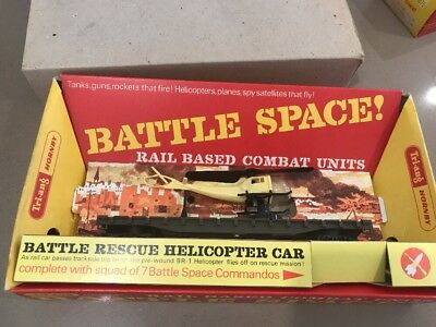 Model Trains  Battle space  Rescue Helicopter with  7 Battle Space Commandos