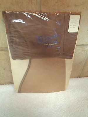 15 Den RHT Seams Nylon Stockings Sz M  NRFP New First Quality Stretch Hose