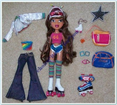BRATZ MGA DOLL YASMIN FLASHBACK FEVER 2004 ORIGINAL CLOTHING and ACCESSORIES