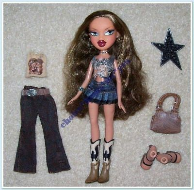 BRATZ MGA DOLL YASMIN WILD WILD WEST 2005 ORIGINAL CLOTHES and ACCESS EYELASHES