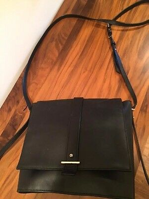 AUTHENTIC COLE HAAN Crossbody Shoulder Bag Black Leather Thin Strap