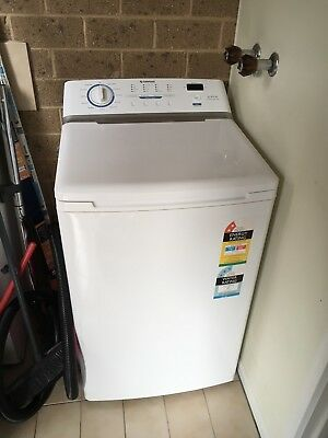 Simpson Top Load 5.5Kg Washing Machine