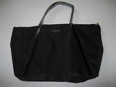 GIVENCHY BLACK GIFT TOTE NEO-TRIANGLE BLACK BAG Parfums