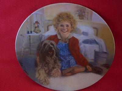 "Knowles Collector Plate ""Annie and Sandy"""