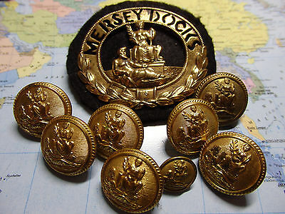 Officers Cap Badge  & Buttons  'Mersey Docks & Harbour Board' Liverpool.