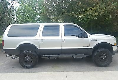 2002 Ford Excursion XLT Lifted 2002 Ford Excursion XLT Diesel 7.3 4x4 Loaded