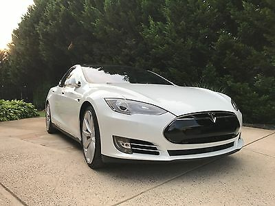 2014 Tesla Model S P85D Tesla Model S - P85D - Fully Loaded, plus additional features
