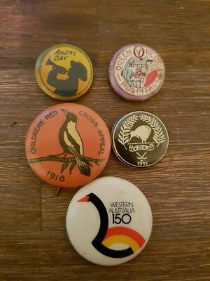 BADGES - Dating back to 1918 - 5x Pin on Badges