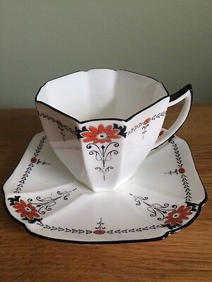"Vintage Art Deco Shelley ""Red Daisy"" Coffee Cup And Saucer."