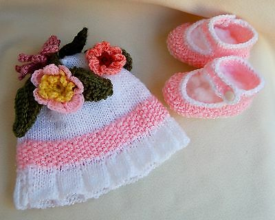 Girl's newborn knit hat and booties: MISS MADELINE,gift,photo,new baby,Easter