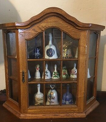 "Table Top Display Cabinet w Shelves 22.5"" x 6"" x 20-7/8"" has Wall Mount Hooks"