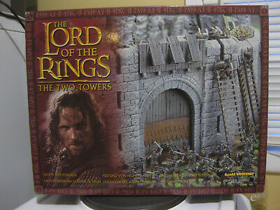 Lord of the Rings The Two Towers Helm's Deep Fortress Model. Games Workshop