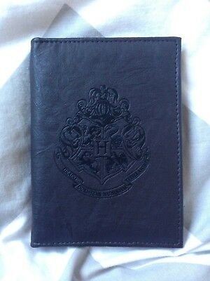 Harry Potter -Hogwarts Crest Passport Holder Wallet From Universal  Studios