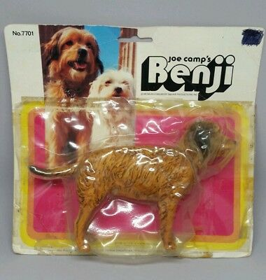 RARE Breyer #7701 Benji Dog Animal Figurine in Original Packaging AS-IS Movie