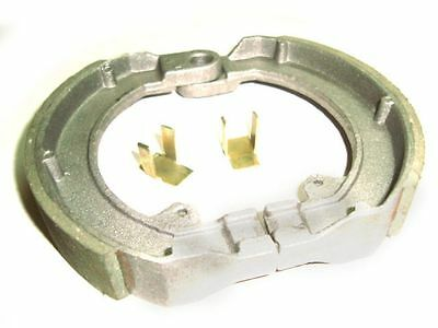 Front Brake Shoes With Clips For Vespa Gs 150 / 160, Sprint, Ss180, Rally
