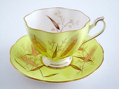 Vintage Queen Ann England Fine Bone China Tea Cup And Saucer Set