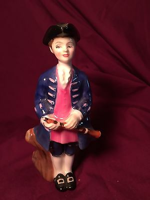 ROYAL DOULTON Figurine Boy from Williamsburg HN2183