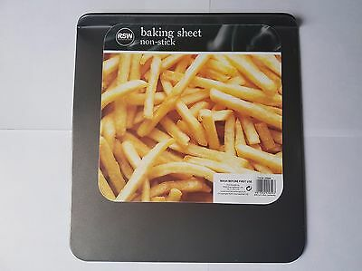 Non Stick Baking Sheet Ideal for Roasting or Baking 29x30cm