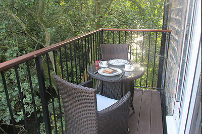 Autumn Break 2019 Holiday Cottages Holmfirth, Yorkshire Oct - Dec 3 or 4 nights