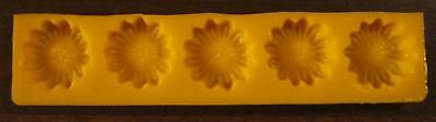 Cream Cheese Mint Candy Rubber Mold -Daisy- 5 cavity cake decorating flexible