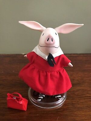 Madame Alexander Original Olivia The Pig Doll w/ stand, purse & beach set