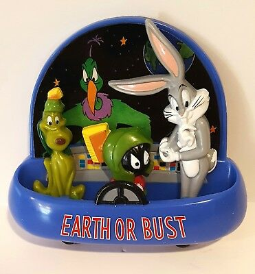 1998 Looney Tunes Earth Bust Magnets NIB Marvin Martian K-9 Bugs Bunny W Bros