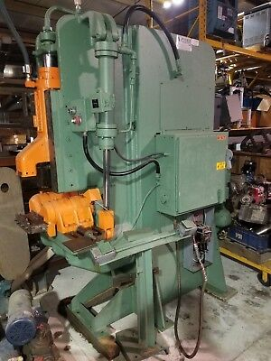Pines 25T 30 Ton Vertical Hydraulic Tubing/Pipe/Bar Stock Bender w/some tooling