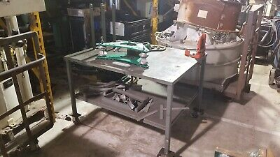 Greenlee 880 Tube Bender Greenlee Hi-Pressure Pump on 4-whl table w/Rigid vice