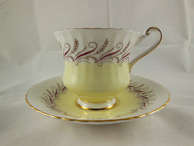 Paragon Bone China Cup & Saucer by Appointment to Her Majesty the Queen England