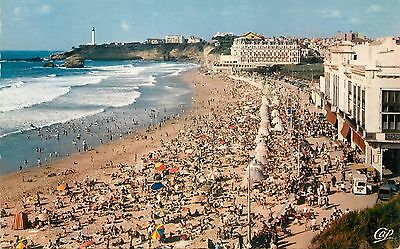 64 Biarritz Plage Animee - Lumicap