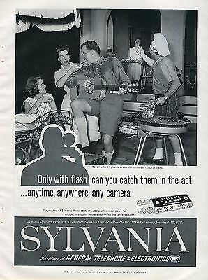 1960 Sylvania Blue Dot Superflash Only w/ Flash Can You Catch Them In The Act Ad