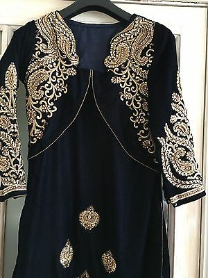 Bollywood Indian/Pakistani Fashionable Velvet Kameez shalwar dress.medium