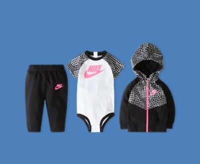 nike 3 piece girls  infant gift set 0-6months