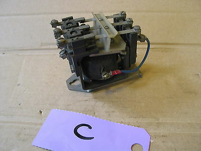 Vintage Electrical 240V Contactor  240V Relay 3 Pole Contactor  (C)
