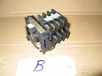 Vintage Electrical 240V Contactor  240V Relay 4.5Kw Contactor  (B)