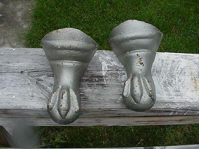 iron claw foot tub legs..only 2 pieces..very nice condition but with a problem