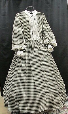 Civil War Ivory & Black small pattern Homespun Day Gown with Collar & Cuffs