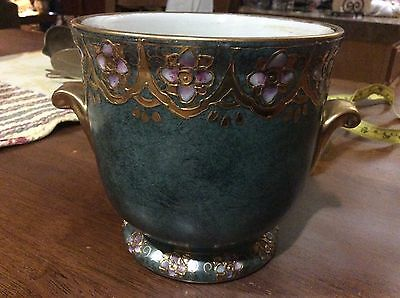 Vintage Toyo flower pot made in china