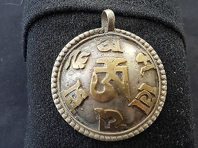 Beautiful Ancient Chinese pendant silver with bronze writing stunning L39g