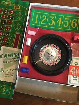 Vintage E.S.Lowe CASINO Games Roulette Wheel, Chips, Felt Game Board MINT!
